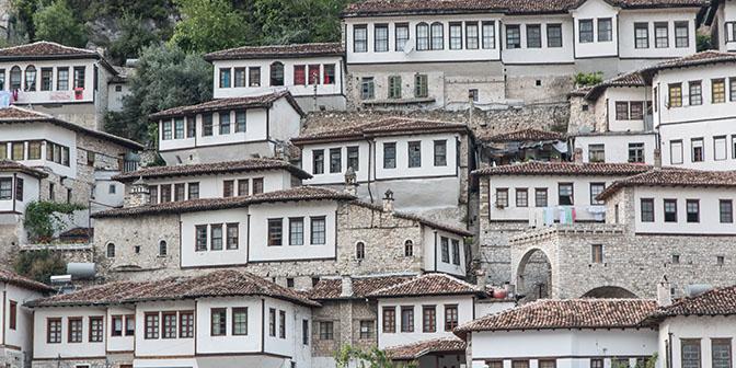 witte huizen berat