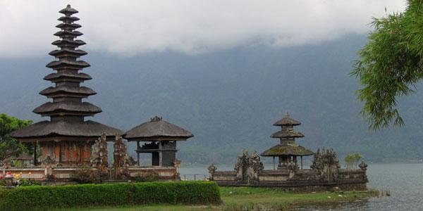 ulun danau tempel bali