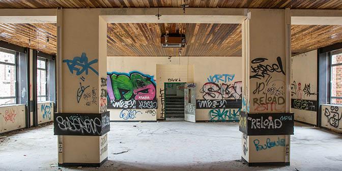eetzaal sanatorium basil urbex