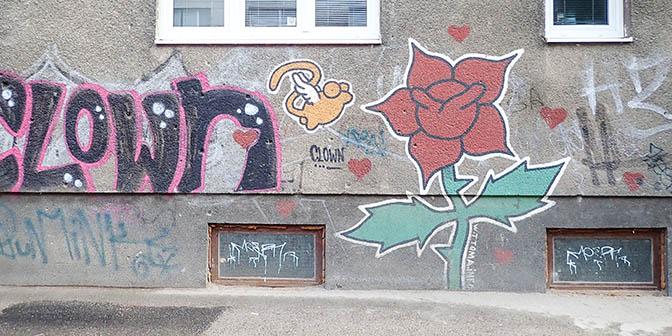 street art sarajevo rose
