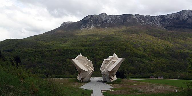 battle sutjeska monument