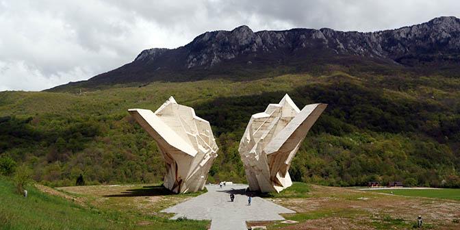 monument sutjska bosnie