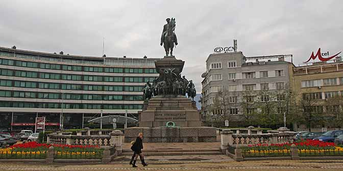 monument liberator sofia bulgarije