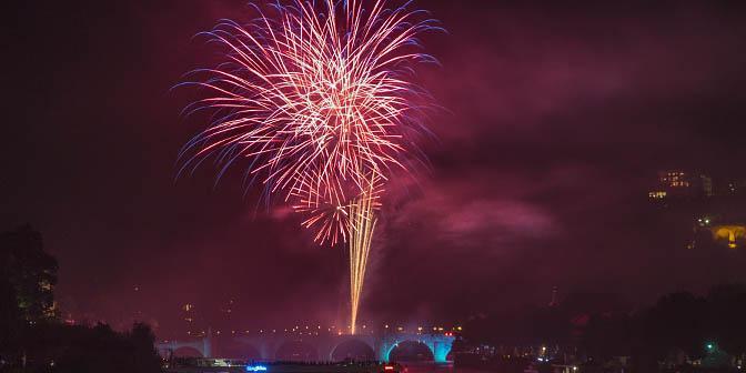 vuurwerk heidelberg illuminated