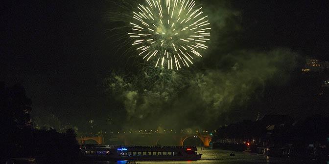 vuurwerkshow heidelberg illuminated