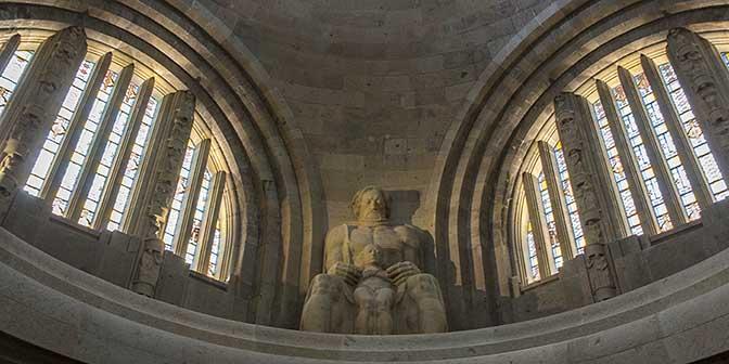 Völkerschlachtdenkmal crypte duitsland