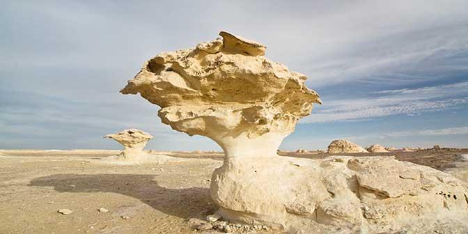 rotsformaties witte woestijn