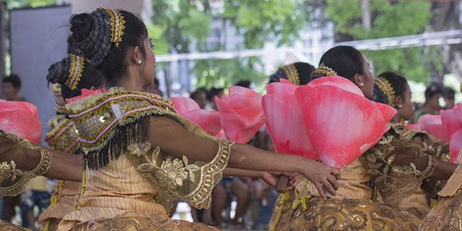 parade sualog festival