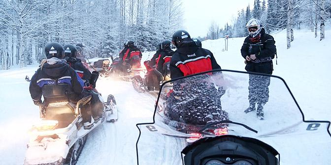 sneeuwscooter lapland finland