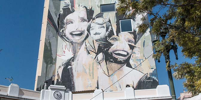 faces street art athene