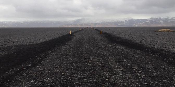 trekking vliegtuigwrak vik ijsland