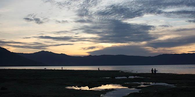 zonsondergang alor indonesie