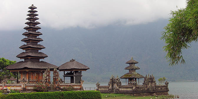 baratan tempel bali