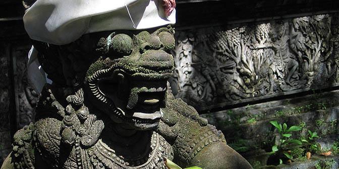 tempels denpasar bali