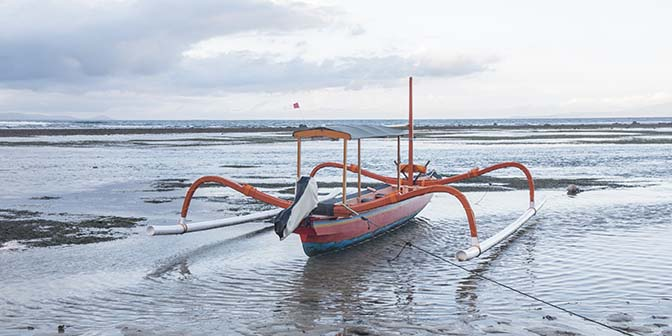 amed snorkelen vissersboot