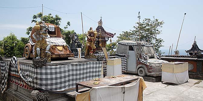 car tempel penida auto