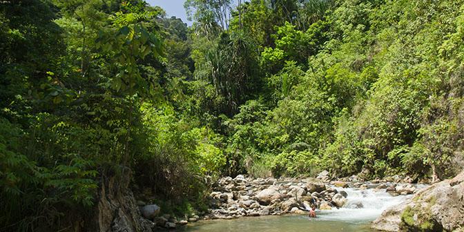zwemmen rivier sumatra