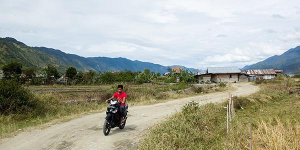 wandelen bij takengon sumatra