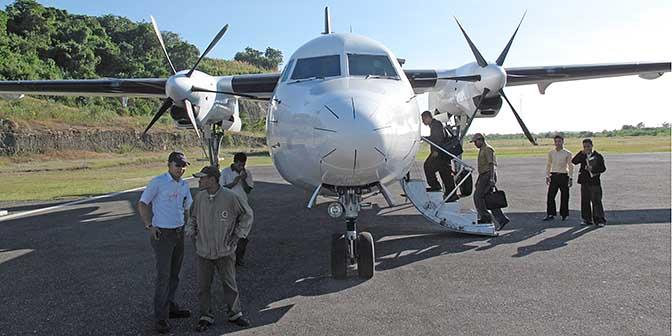 vliegen indonesie