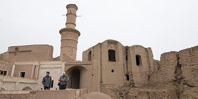 minaret van kharanaq
