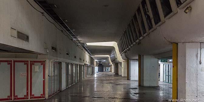 verlaten busstation