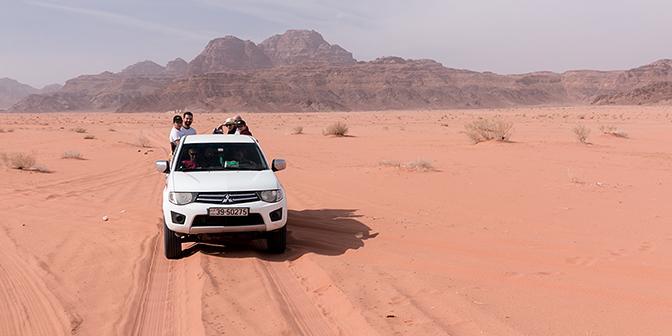 jeepsafari wadi rum jordanie