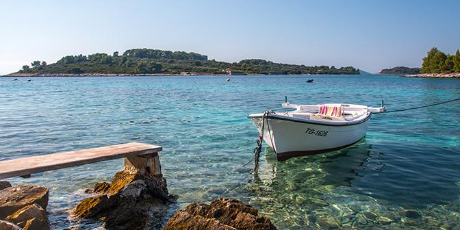 bounty eiland ciovo kroatie