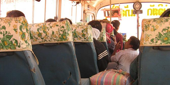 bussen laos