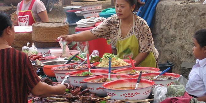 streetfood nachtmarkt