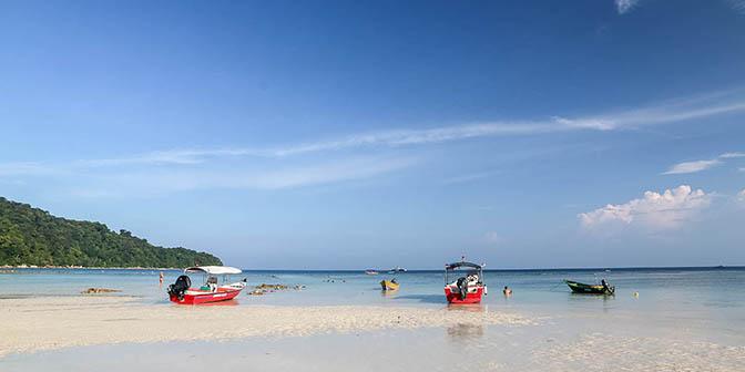 samudra beach perhentian