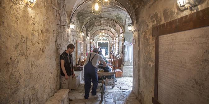 bazaar kotor