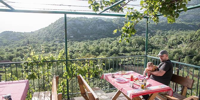 eten in montenegro ontbijt