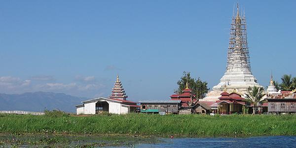 pagoda inle lake