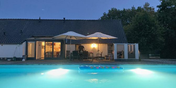 luxe natuurhuisje met zwembad