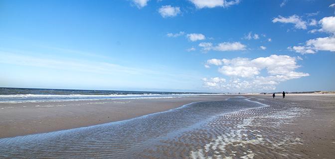 petten aan zee strand