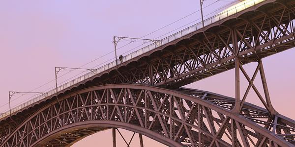 Ponte dom Luis is ontworpen door de ontwerper van de effeltoren