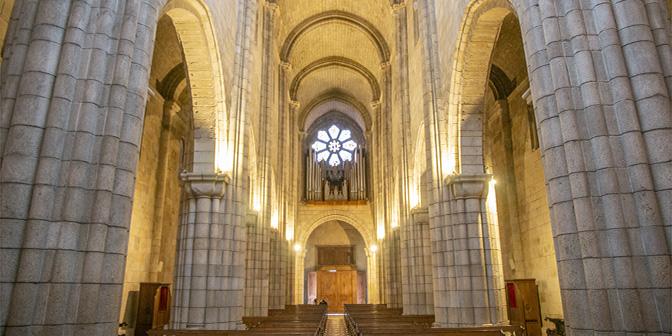 kathedraal porto portugal