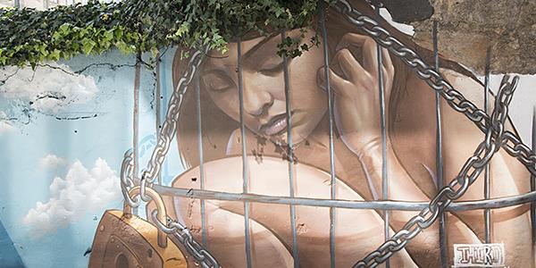 streetart naakte vrouw