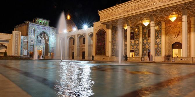 reflectie moskee shiraz
