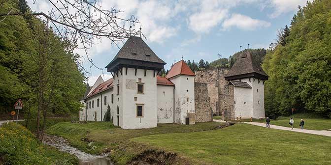 charterhouse zice slovenie