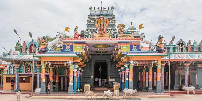 tempel nainatuvu sri lanka