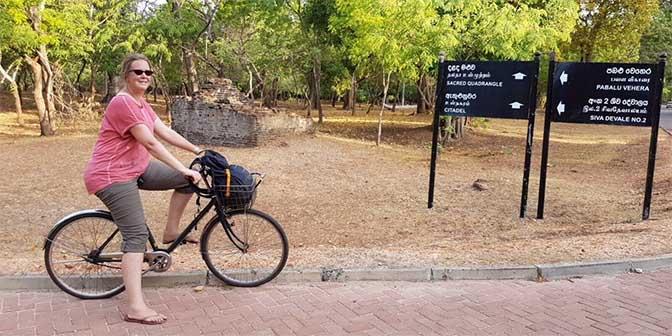 fietsen polonnaruwa