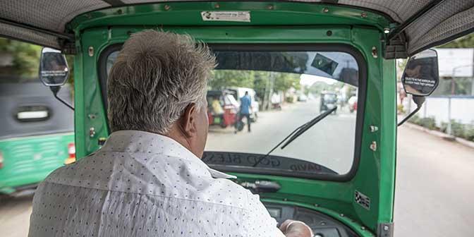tuktuk sir lanka