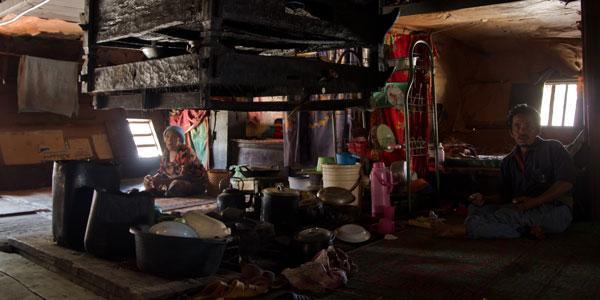 karo bevolking bij berastagi sumatra