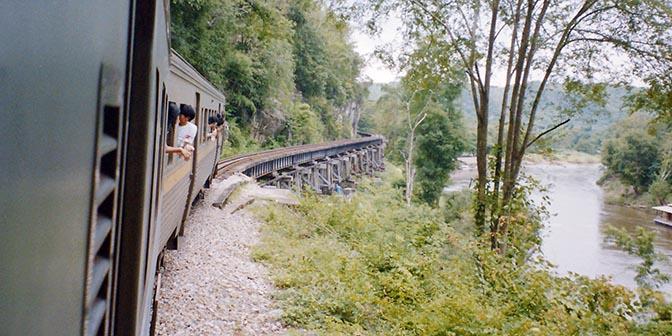 dode spoorlijn thailand