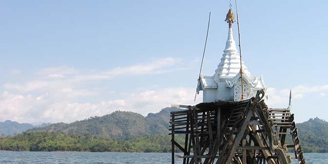 verzonken tempel sangklaburi