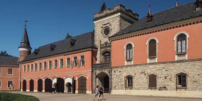 sychrov kasteel