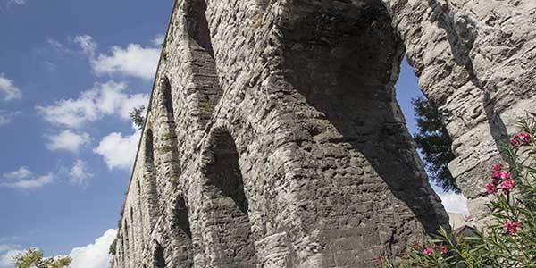 aquaduct istanbul