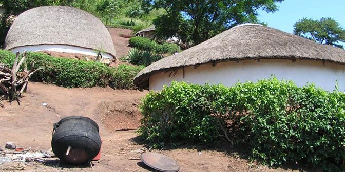 zulu dorp zuid-afrika