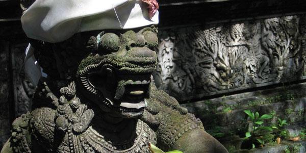 tempel in denpasar